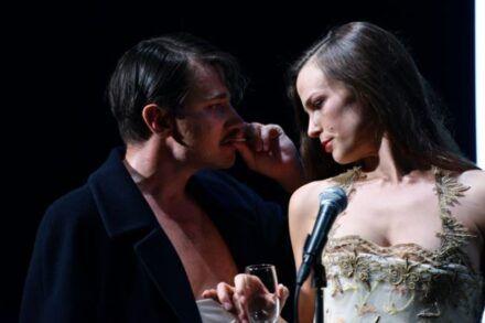 Na fotografiji: Saša Tabaković in Tina Vrbnjak Foto: Peter Uhan